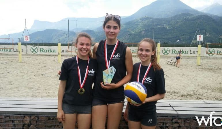 v.l.n.r. Alina Bacher (5AP), Sandra Raffl (4B) und Sabrina Fleischmann (5B)